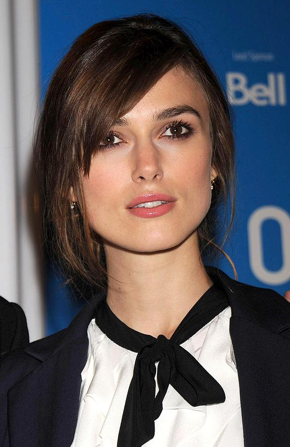 Red Carpet Photograph - Keira Knightley At The Press Conference by Everett