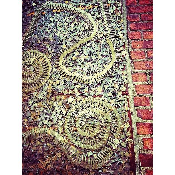 Streetart Photograph - Key Art: Phil Mortillaro Decorated The by Natasha Marco