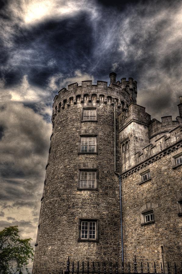 Temple Bar Digital Art - Kilkenny Castle by Barry R Jones Jr