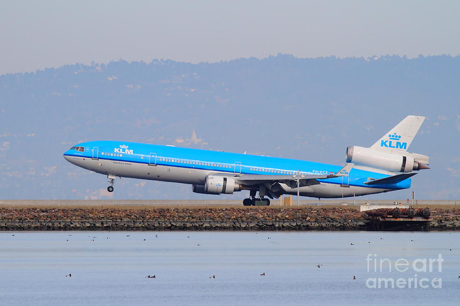 Airplane Photograph - Klm Royal Dutch Airlines Jet Airplane At San Francisco International Airport Sfo . 7d12157 by Wingsdomain Art and Photography