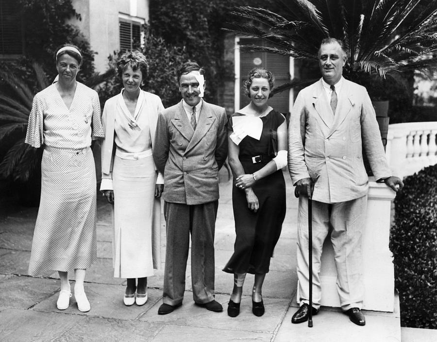 1930s Photograph - L-r First Lady Eleanor Roosevelt by Everett