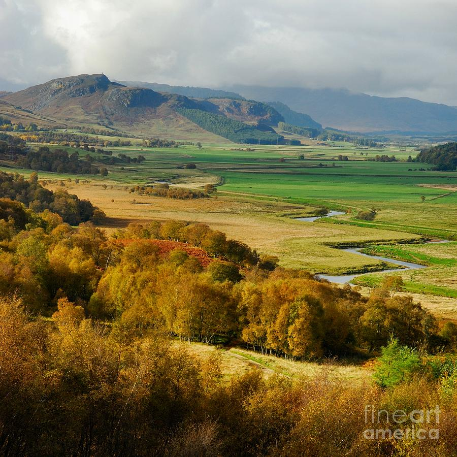 Scot Photograph - Laggan Autumn - The Clan Mcphersons Seat by John Kelly