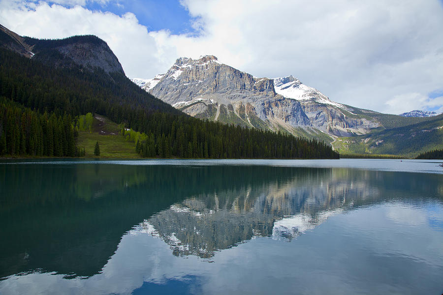 Canadian Rockies Photograph - Lake Louise 1819 by Larry Roberson
