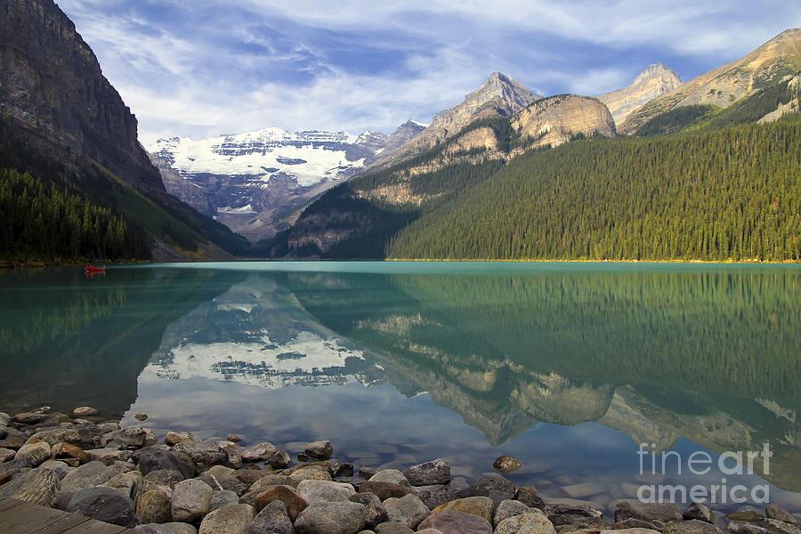 Lake Louise Photograph - Lake Louise Splendour by Teresa Zieba