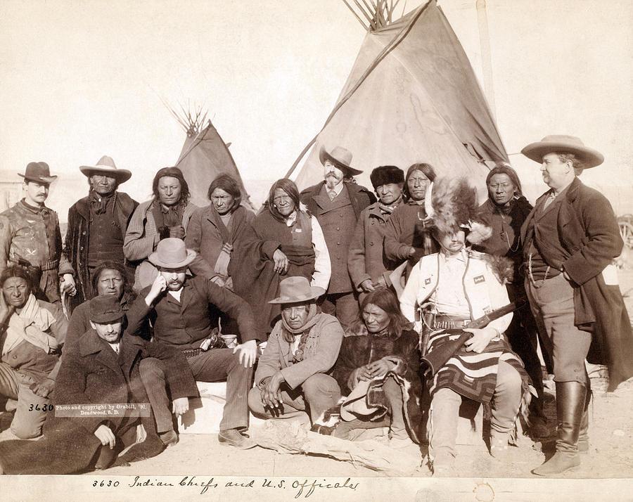 1880s Photograph - Lakota Brul�, Miniconjou, And Oglala by Everett