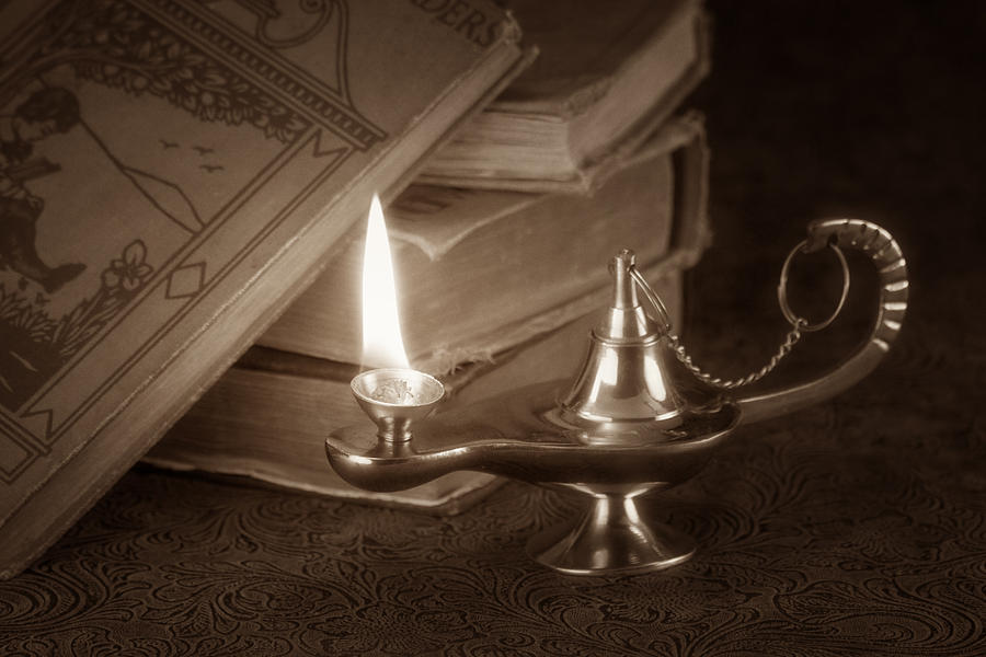Lamp Photograph - Lamp Of Learning by Tom Mc Nemar