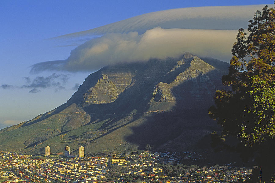 Color Image Photograph - Lenticular Cloud Over Table Mountain by Gordon Wiltsie