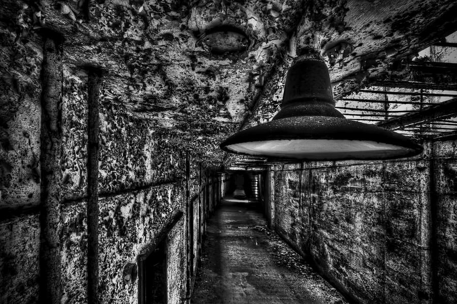 Light Photograph - Lights Out by Dmitriy Mirochnik