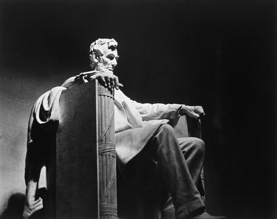 20th Century Photograph - Lincoln Memorial by Granger