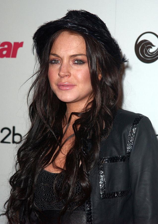 Lindsay Lohan Photograph - Lindsay Lohan At Arrivals For Star by Everett