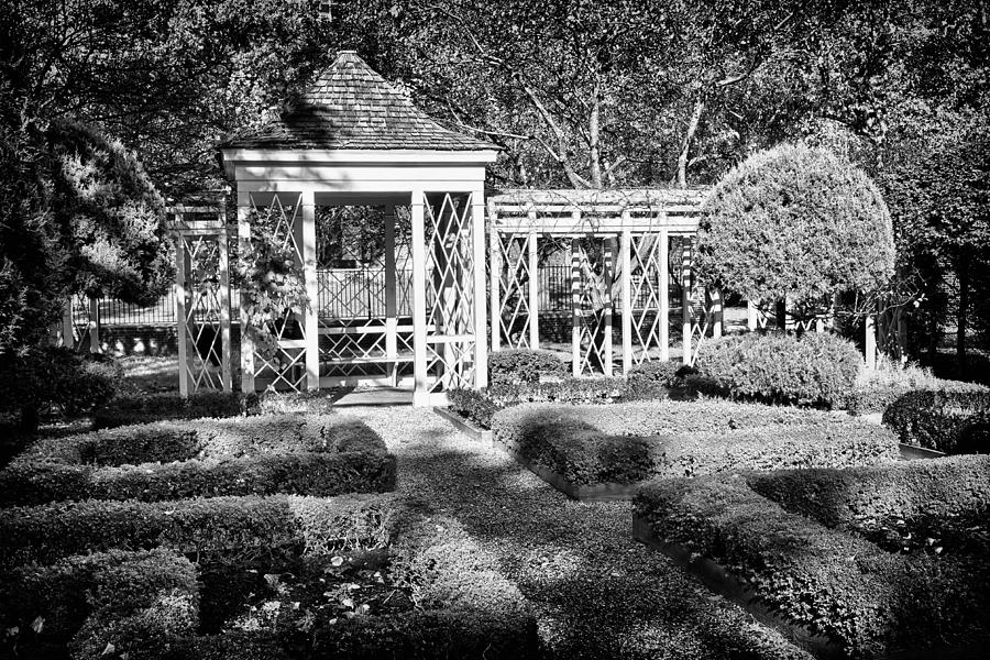 Us Photograph - Little Park In Philadelphia 2 by Val Black Russian Tourchin