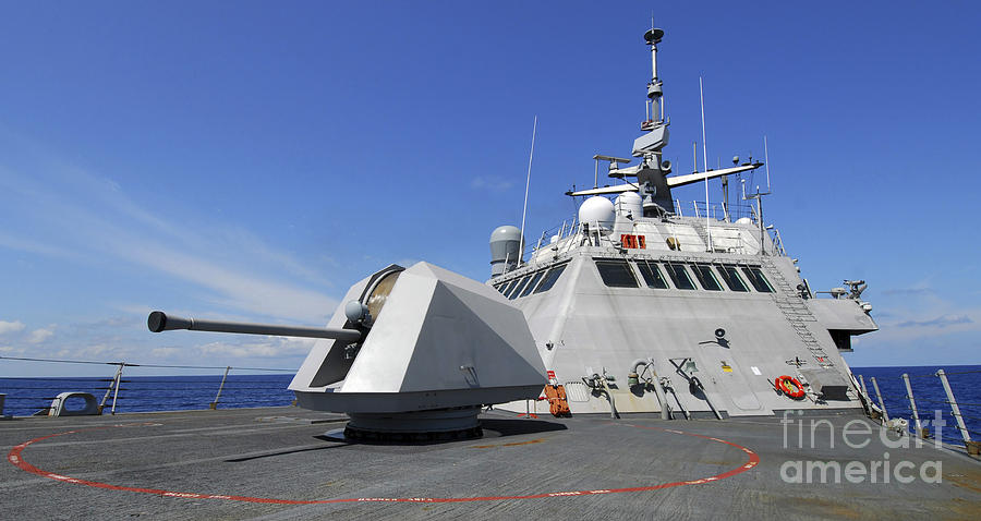 Uss Freedom Photograph - Littoral Combat Ship Uss Freedom by Stocktrek Images