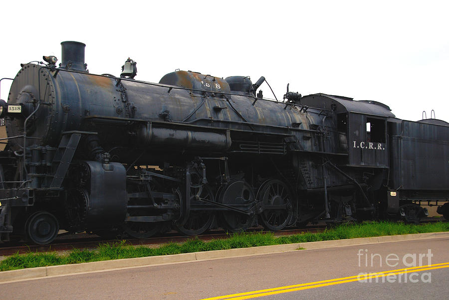 Locomotive Photograph - Loc 1518 In Paducah Ky by Susanne Van Hulst
