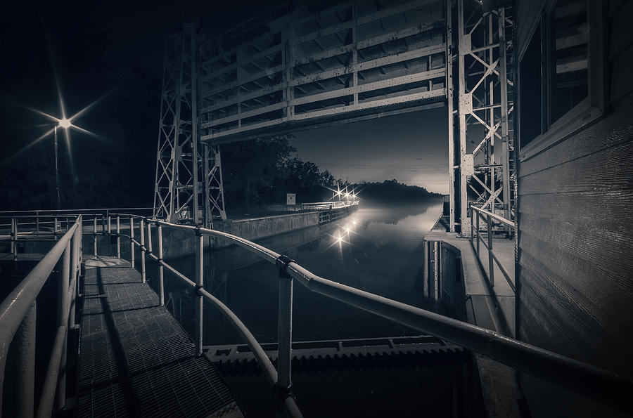 River Photograph - Lock 23 by Everet Regal