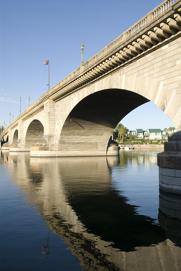 America Photograph - London Bridge II by Gloria & Richard Maschmeyer