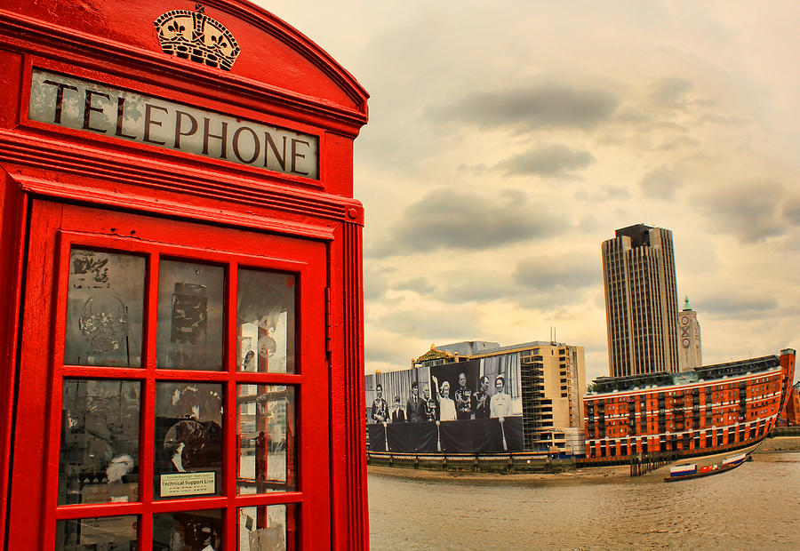 Red Phone Box Photograph - London Calling by Jasna Buncic