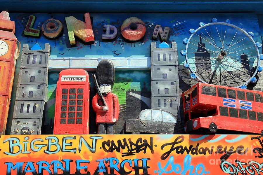 London Photograph - London Symbols by Sophie Vigneault
