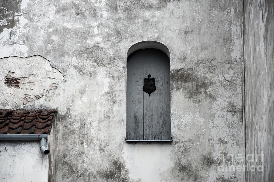Window Photograph - Lonely Window by Agnieszka Kubica