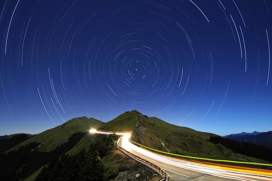 Horizontal Photograph - Long Exposure Hohuanshan by 1000