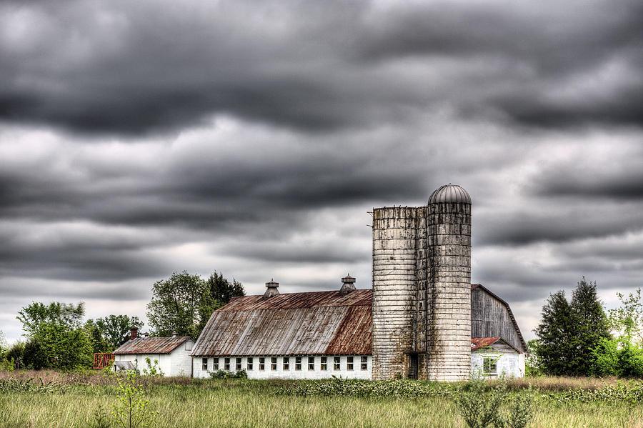 Rain Photograph - Looks Like Rain by JC Findley
