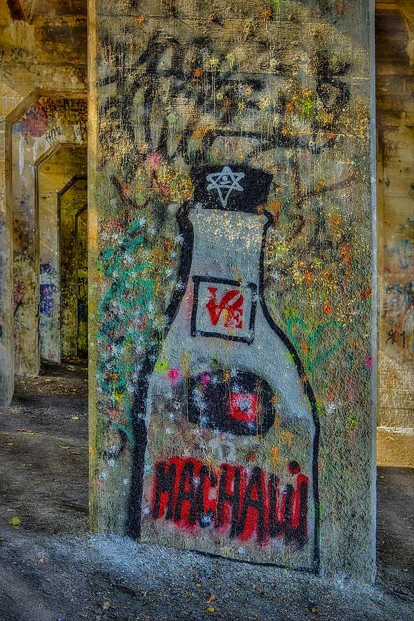 Graffiti Photograph - Love Graffiti by Susan Candelario
