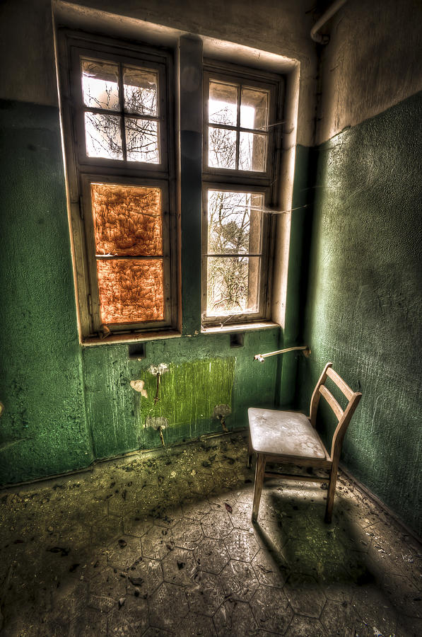 Room Photograph - Lunatic Seat by Nathan Wright