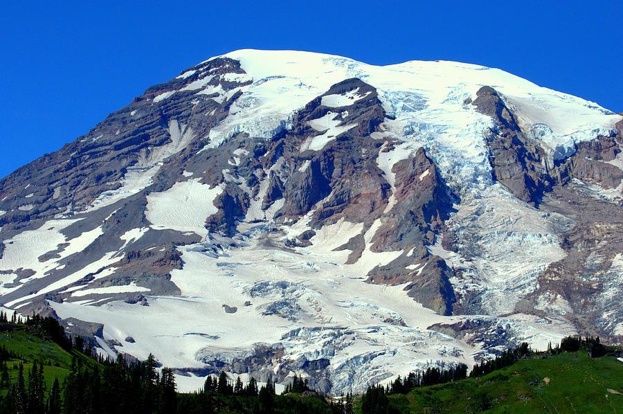 Mount Rainier Photograph - Majestic Mountain by Lynn Bawden