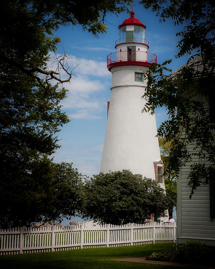 Marblehead Lighthouse Photograph - Marblehead Lighthouse Afternoon by John Traveler