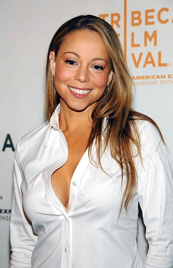 Red Carpet Photograph - Mariah Carey At Arrivals For Tennessee by Everett