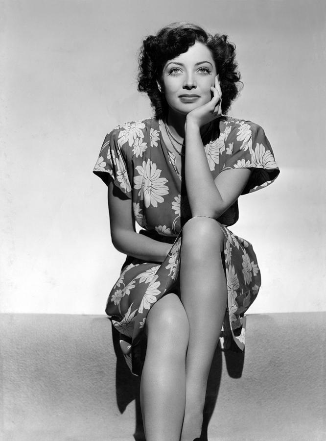 1940s Hairstyles Photograph - Marie Windsor, 1942 by Everett