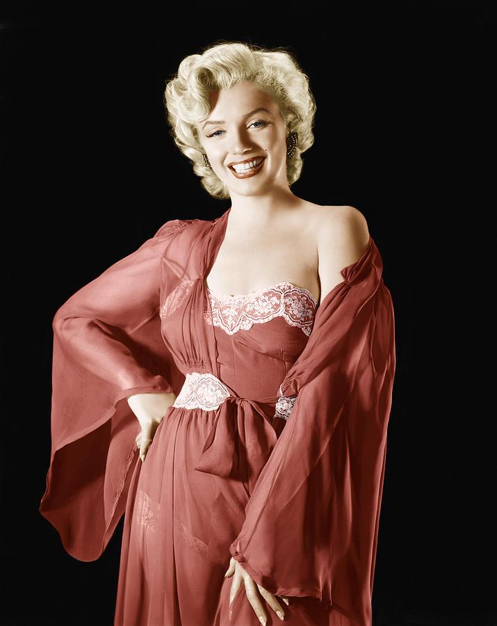 1950s Portraits Photograph - Marilyn Monroe, 1950s by Everett