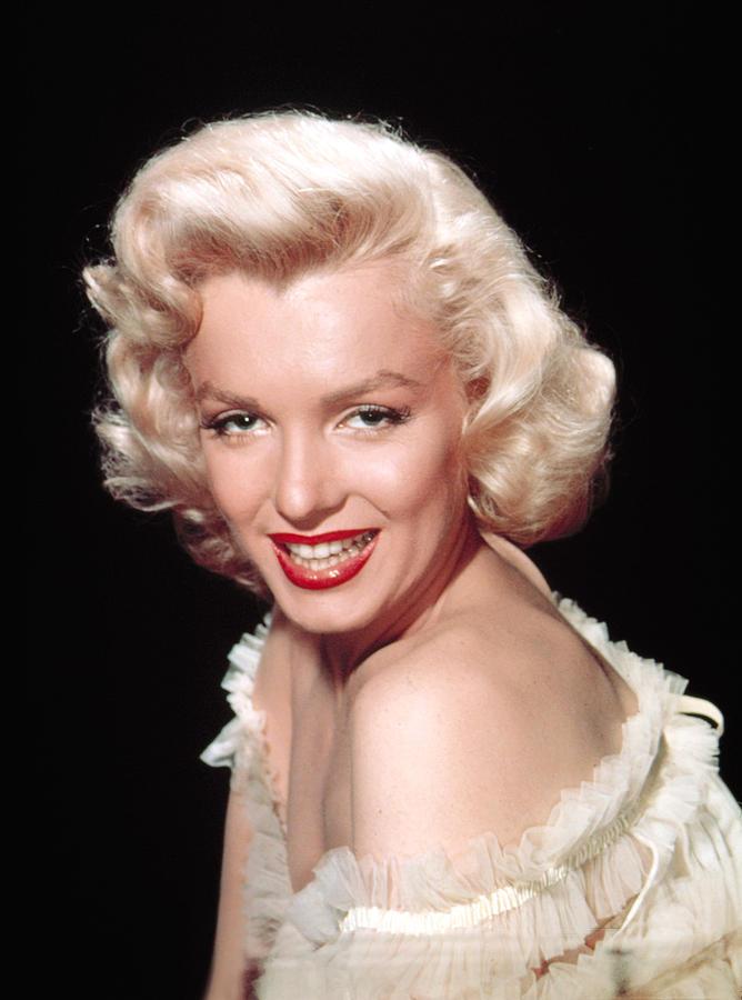 1950s Portraits Photograph - Marilyn Monroe, C. Mid-1950s by Everett