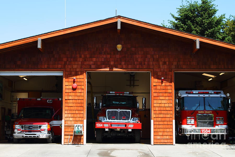 Point Reyes Photograph - Marin County Fire Department . Point Reyes California . 7d15920 by Wingsdomain Art and Photography
