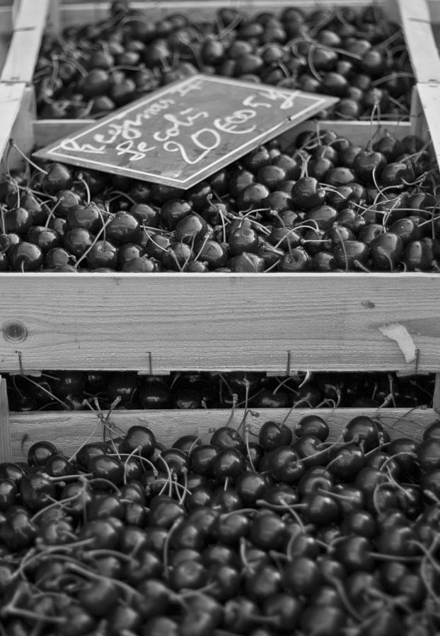 Cherries Photograph - Market Cherries by Georgia Fowler