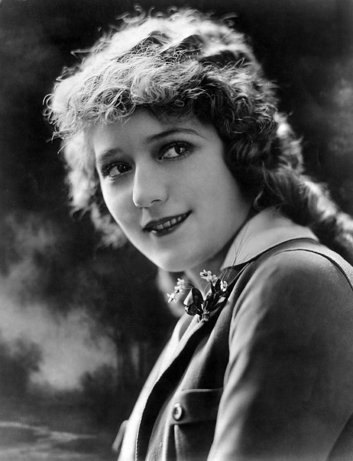 1920s Portraits Photograph - Mary Pickford, Ca. 1920s by Everett