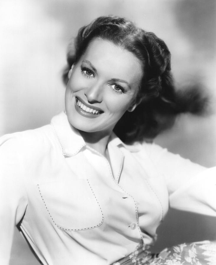 1950s Fashion Photograph - Maureen Ohara, Paramount Pictures, 1950 by Everett