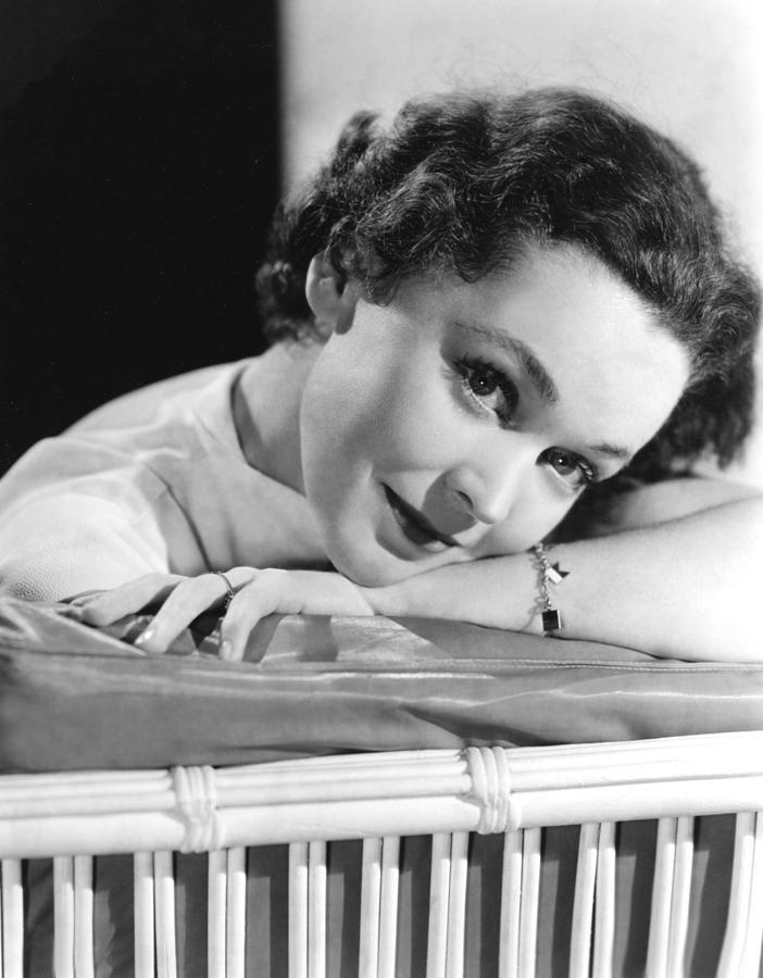Bracelet Photograph - Maureen Osullivan, Ca 1950 by Everett