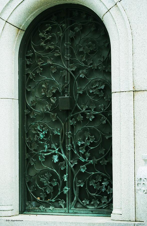 Fort Worth Texas Photograph - Mausoleum Doors By DiDi Higginbotham & Mausoleum Doors \u0026 Door:At Deaths Door Beautiful Mausoleum Doors ... Pezcame.Com