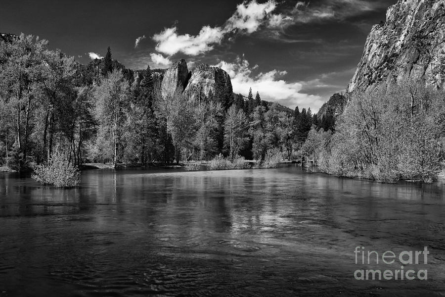 Merced River - Black And White Photograph By Hideaki Sakurai-8728