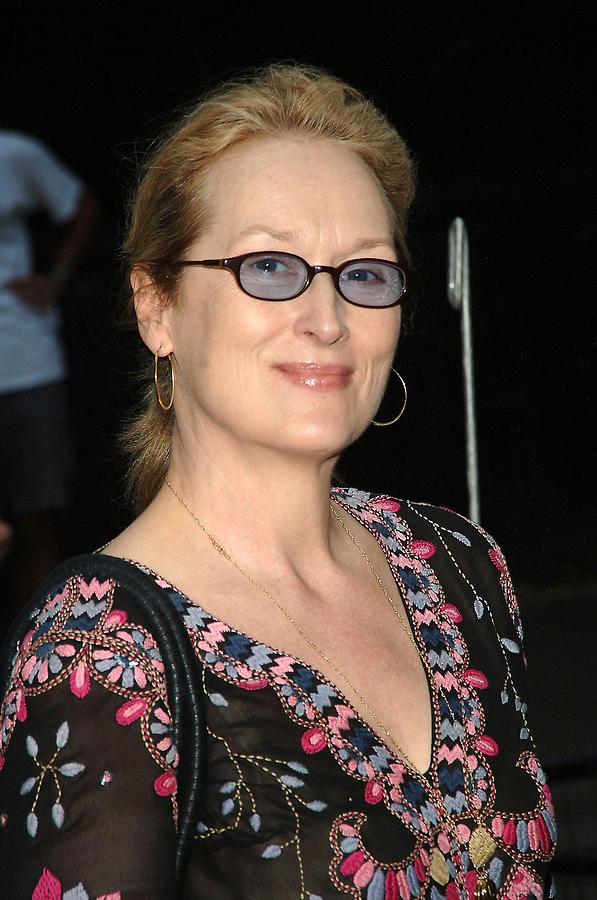 Party Photograph - Meryl Streep At Arrivals For The 2006 by Everett