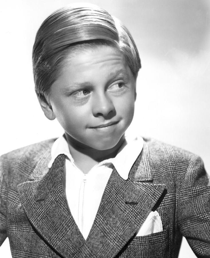 Portrait Photograph - Mickey Rooney by Everett