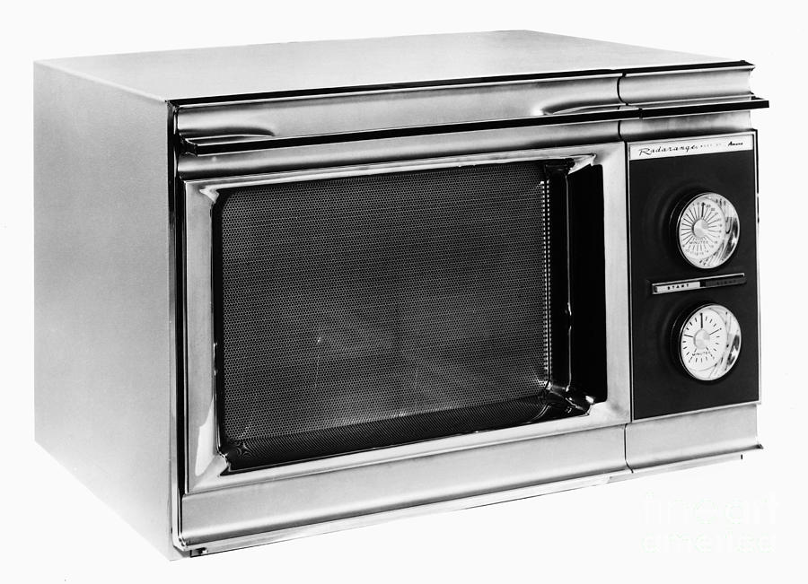 Microwave Oven 1946 ~ Microwave oven photograph by granger