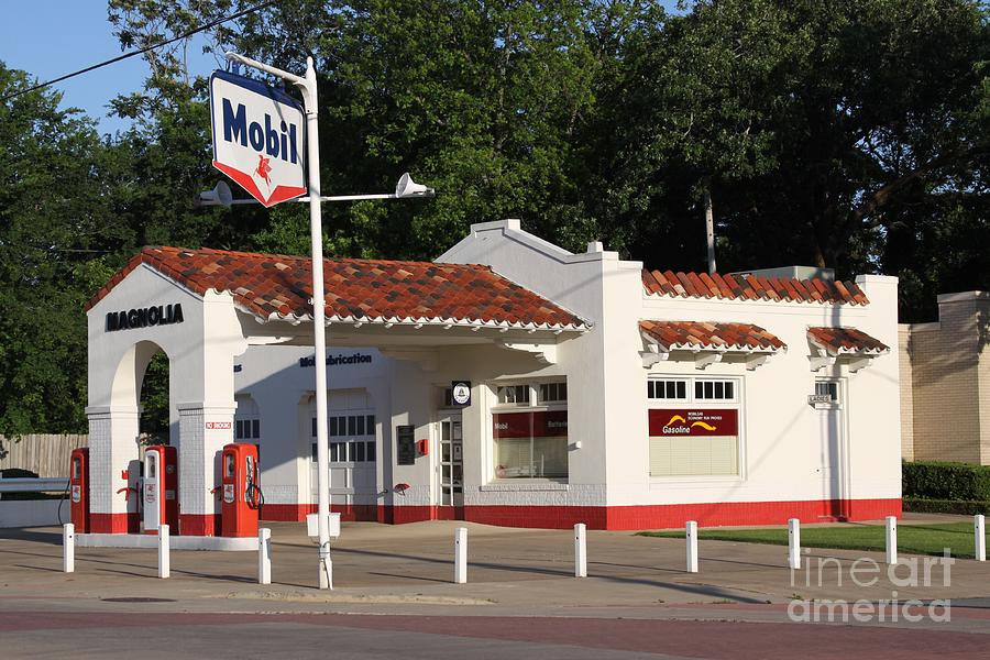 Mobil Gas Card >> Mobil Gas Station Photograph by Joe Finney