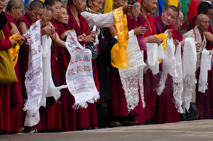 Monks Photograph - Monks Wait For The Dalai Lama by Don Schwartz