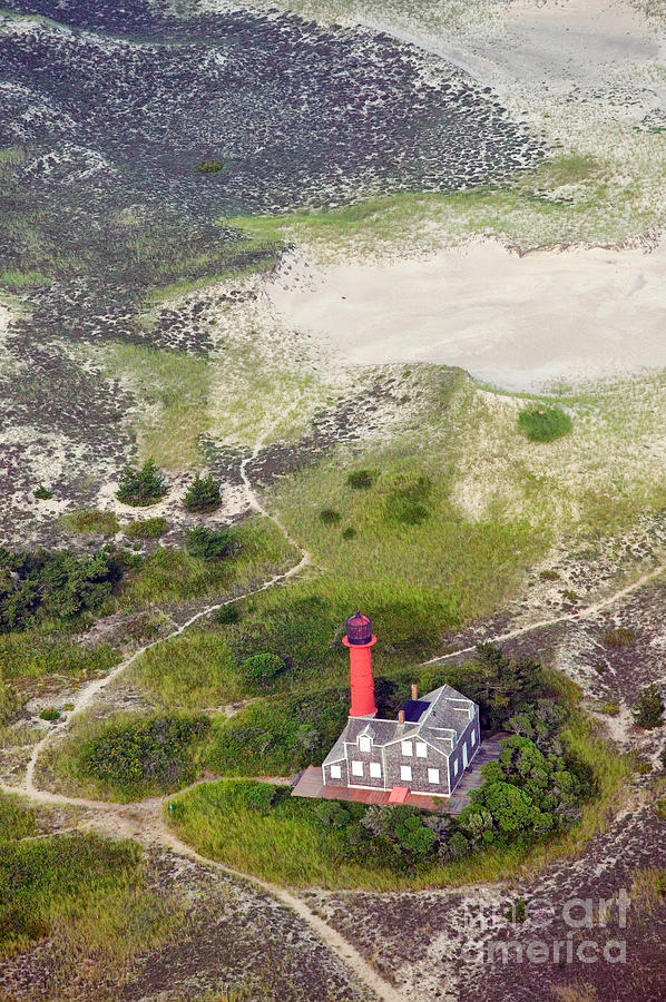 Lighthouse Photograph - Monomoy Light At Monomoy Wildlife Refuge In Chatham On Cape Cod by Matt Suess