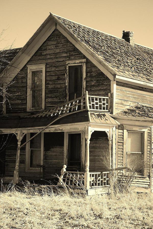Western Photograph - Montana Last Breath by William Kelvie