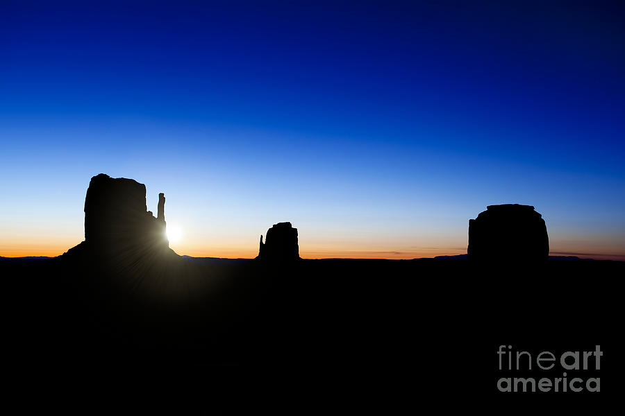 America Photograph - Monument Valley Sunrise by Jane Rix