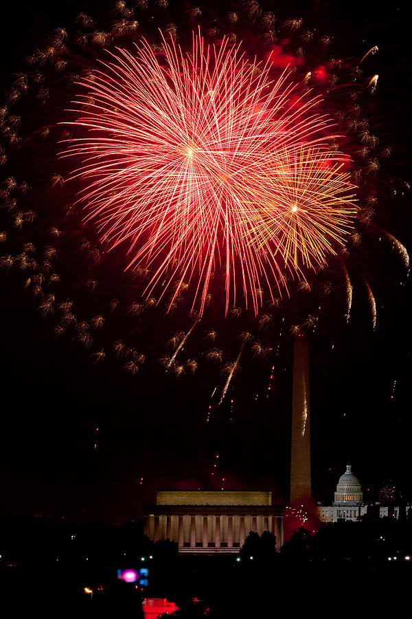 4th Of July Photograph - Monumental Celebration by David Hahn
