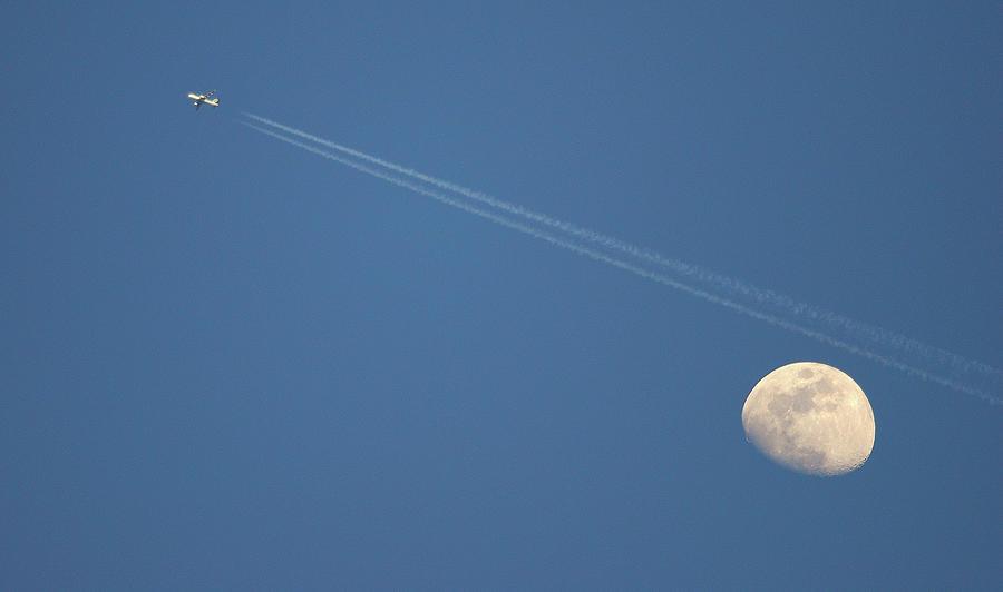 Horizontal Photograph - Moon In Sky by Vittorio Ricci - Italy