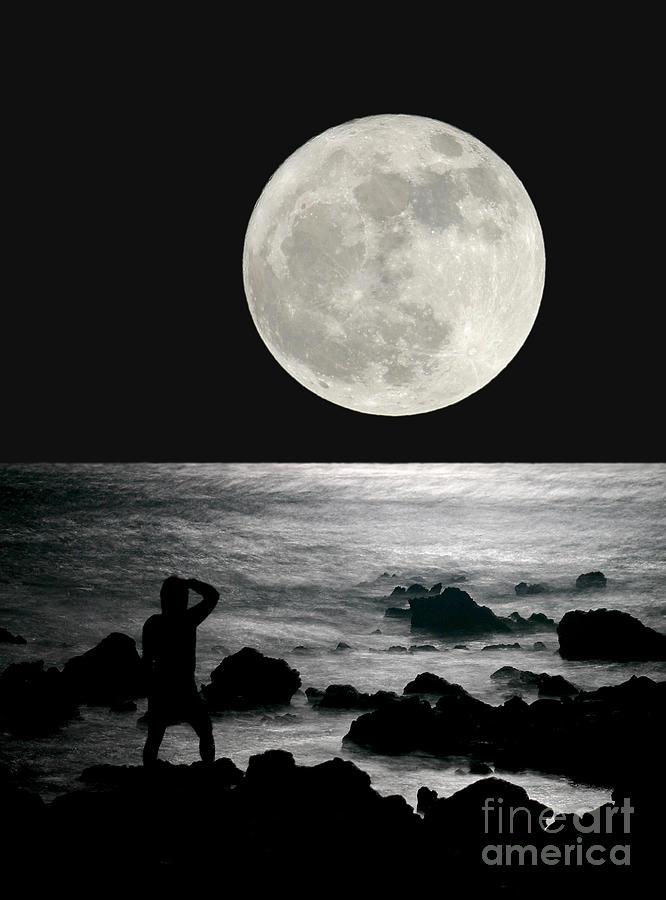 Moon Digital Art - Moonrise by Paul Topp